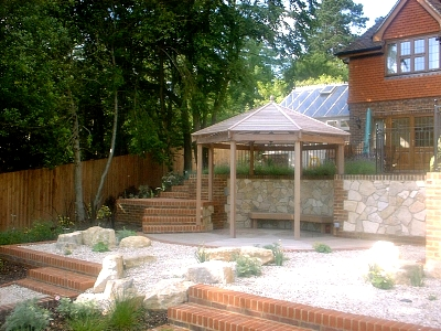 Child friendly garden design family garden design surrey for Child friendly garden designs